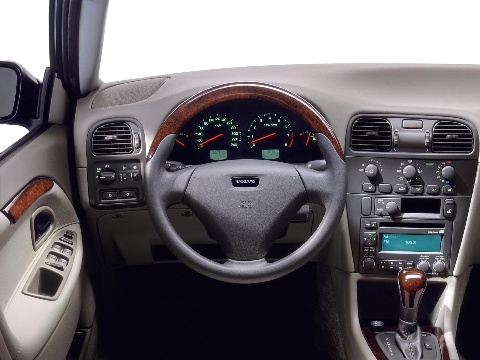 Volvo S40 I 1995 - 2000 Sedan #5