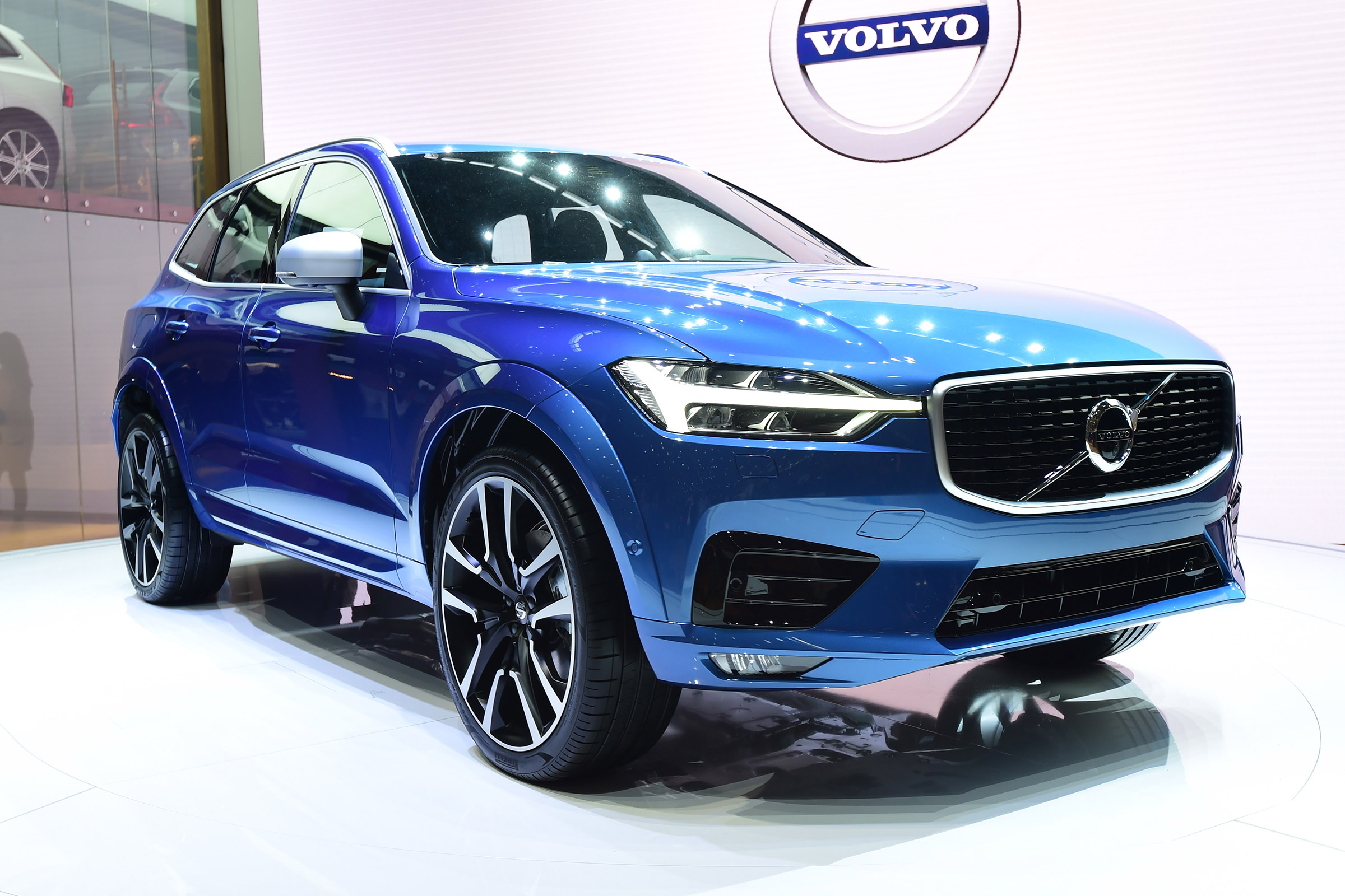 Volvo XC60 II 2017 - now SUV 5 door #7