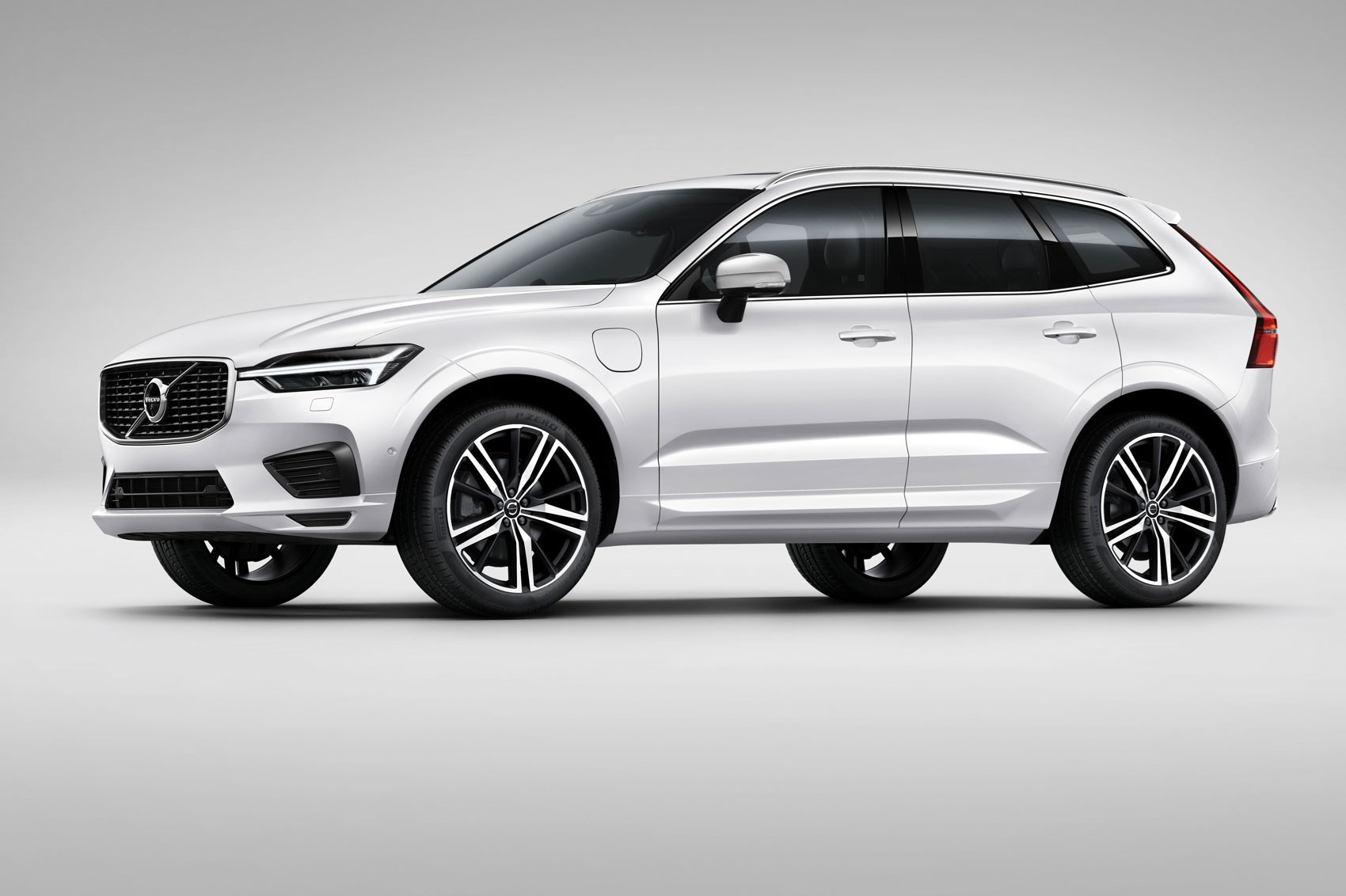 Volvo XC60 II 2017 - now SUV 5 door #5