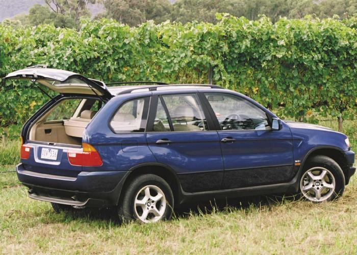 BMW X5 I (E53) 1999 - 2003 SUV 5 door :: OUTSTANDING CARS