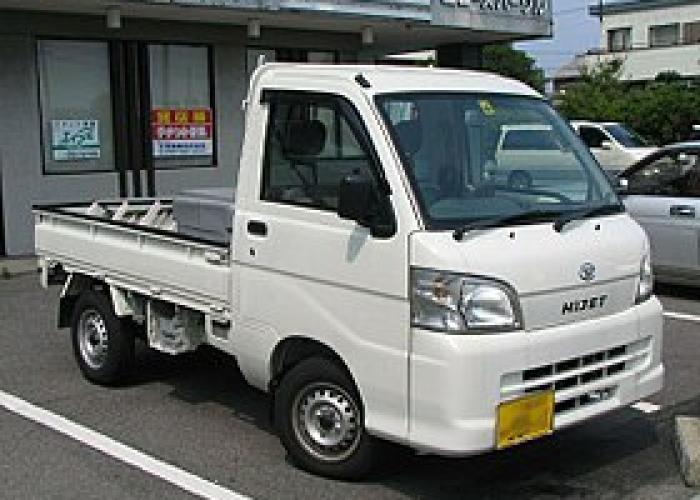 Daihatsu Delta Wagon