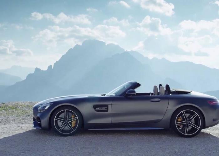 http://carsot.com/images700_500/mercedesbenz-amg-gt-2017-now-roadster-exterior-3.jpg