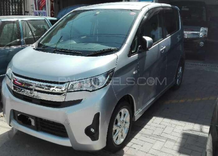 Mitsubishi eK Custom