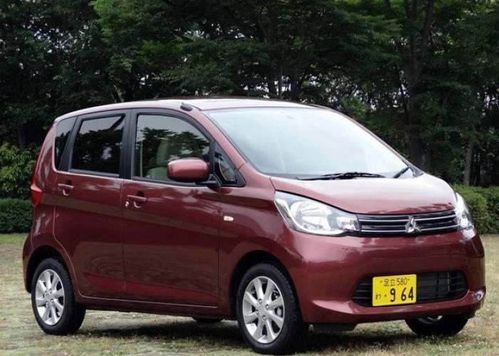 Mitsubishi eK Space