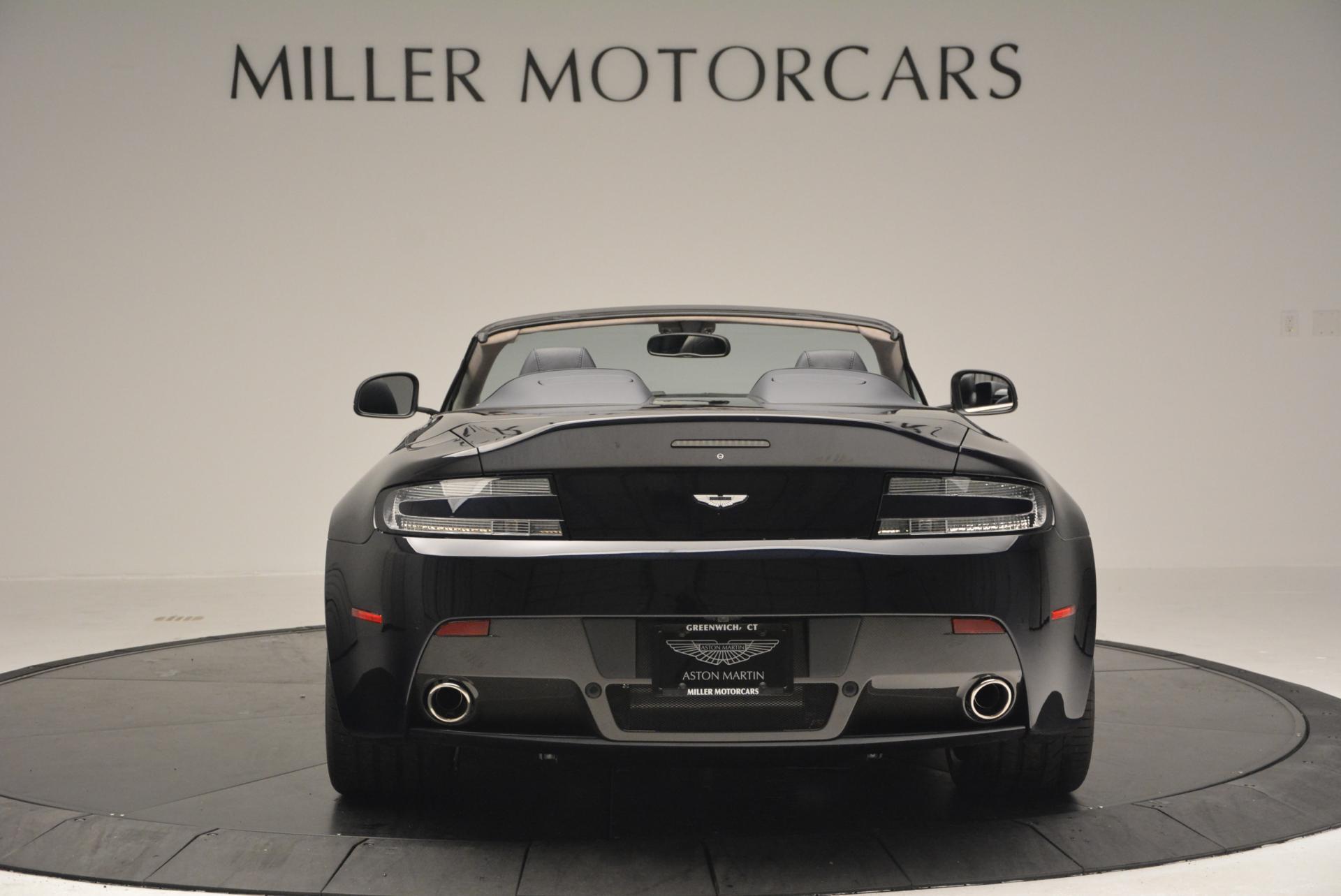 Aston Martin V12 Vantage 2009 - now Roadster #4