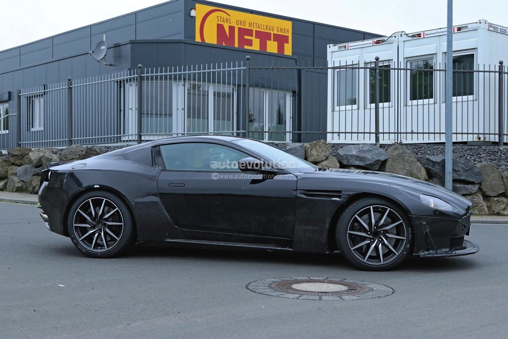 Aston Martin V8 Vantage IV 2017 - now Coupe #1