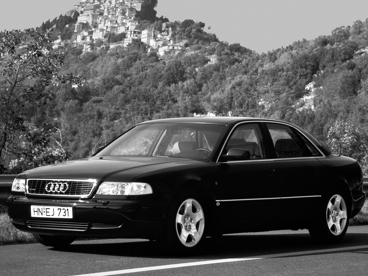 Audi A8 I (D2) 1994 - 1998 Sedan #6
