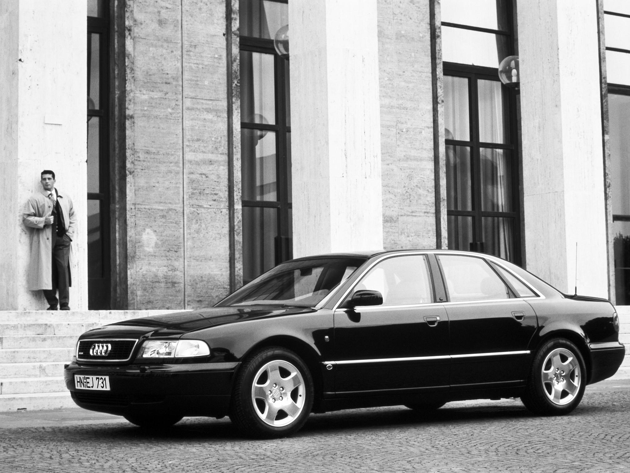 Audi S8 I (D2) 1996 - 1999 Sedan #3