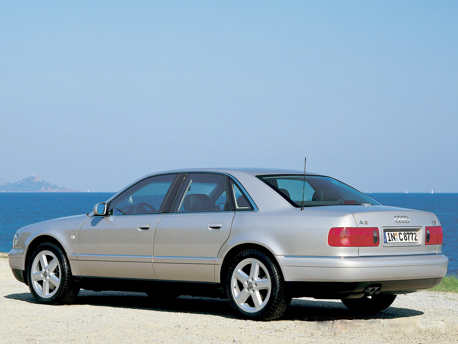 Audi A8 I (D2) Restyling 1998 - 2002 Sedan #4