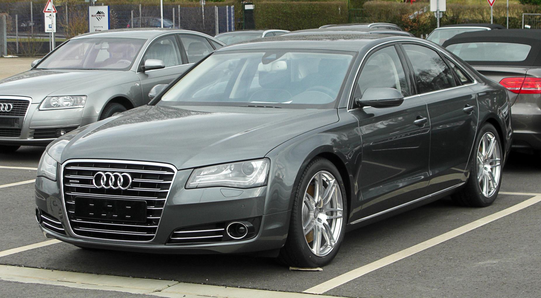Audi S8 III (D4) Restyling 2013 - now Sedan #1