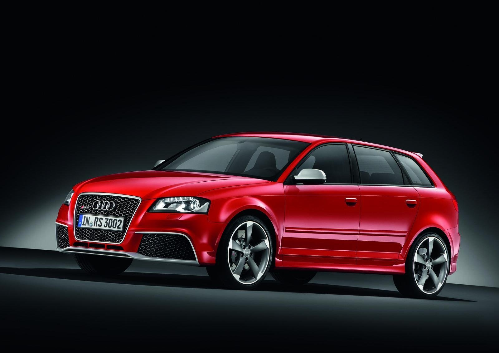 Audi RS 3 I 2011 - 2012 Hatchback 5 door #2