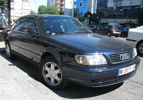 Audi S6 I (C4) 1994 - 1997 Sedan #8