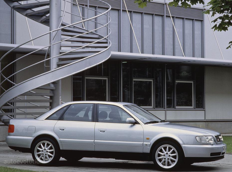 Audi S6 I (C4) 1994 - 1997 Sedan #2