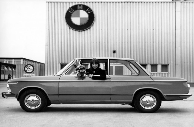 BMW 02 (E10) I 1966 - 1977 Sedan 2 door #7