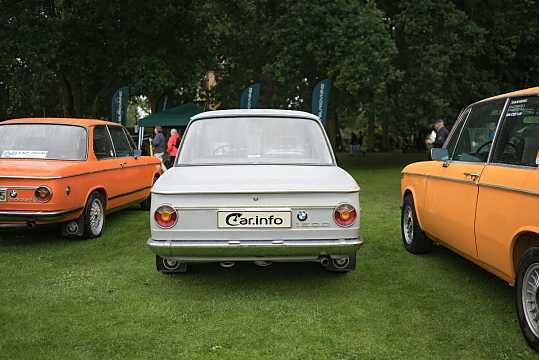 BMW 02 (E10) I 1966 - 1977 Sedan 2 door #2