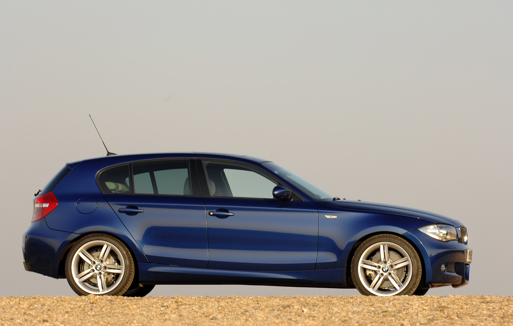 BMW 1 Series I (E81/E82/E87/E88) 2004 - 2007 Hatchback 5 door #5