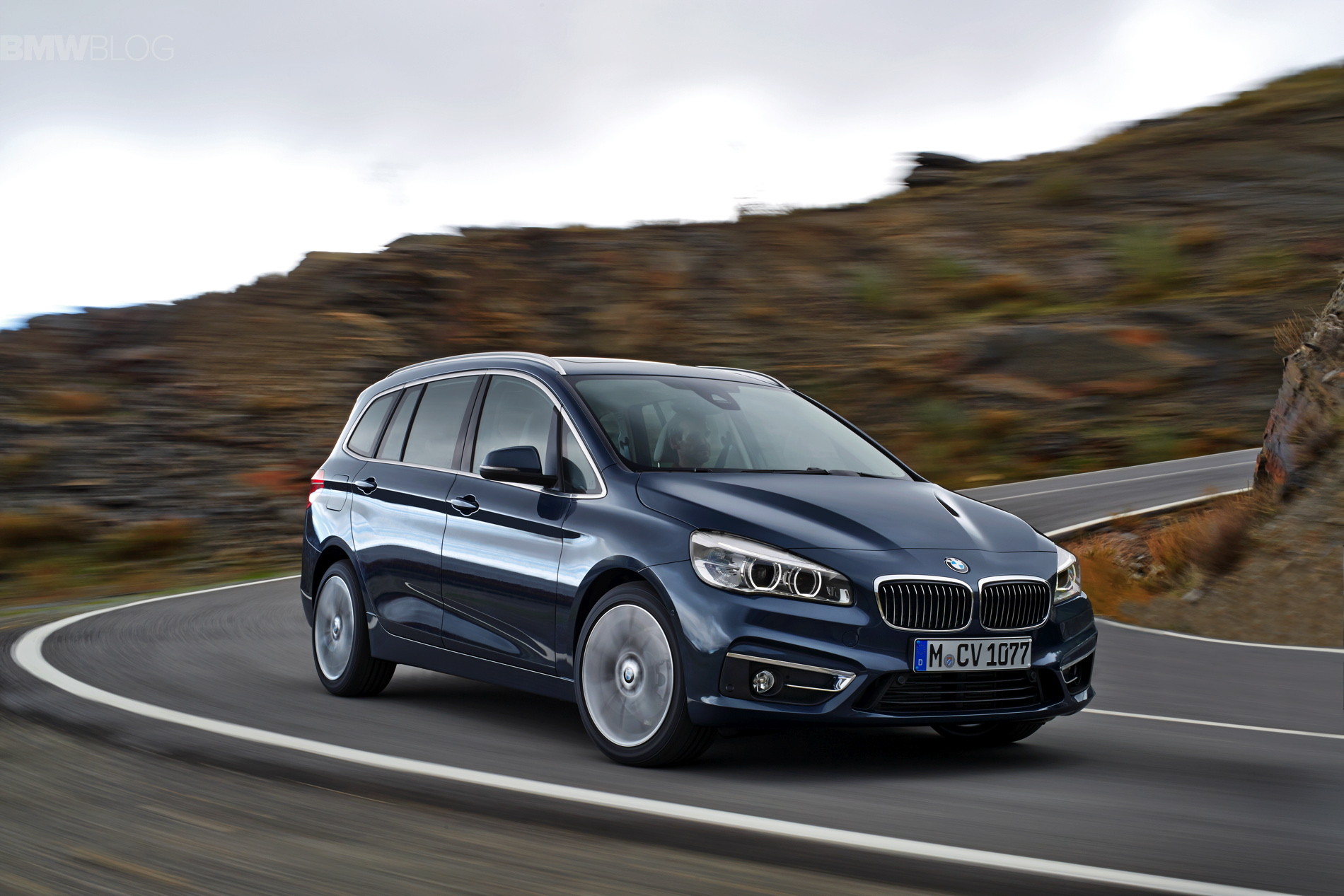 BMW 2 Series Grand Tourer F46 2015 - now Compact MPV #6