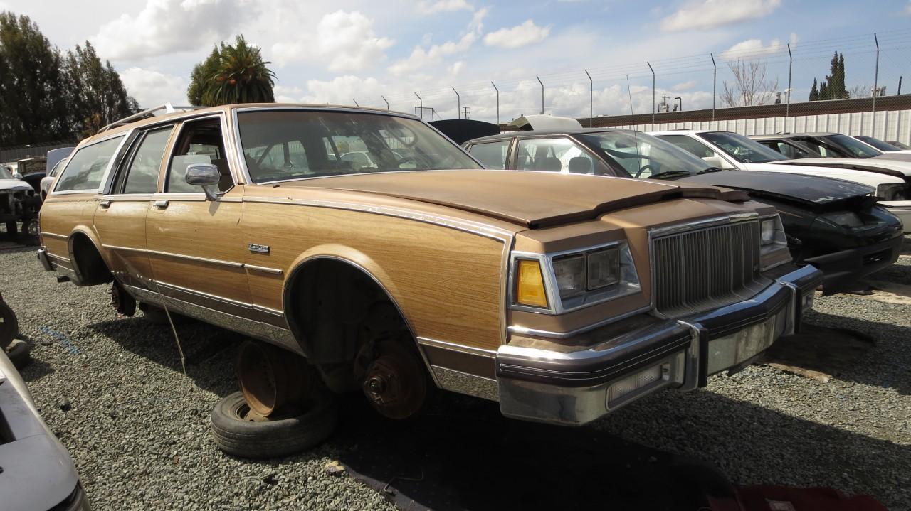 Buick Estate Wagon 1977 - 1990 Station wagon 5 door #1