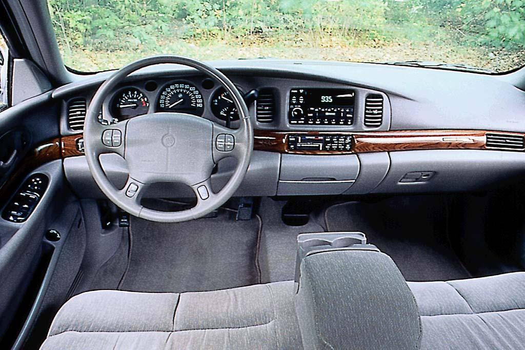 Buick LeSabre VIII 2000 - 2005 Sedan #3