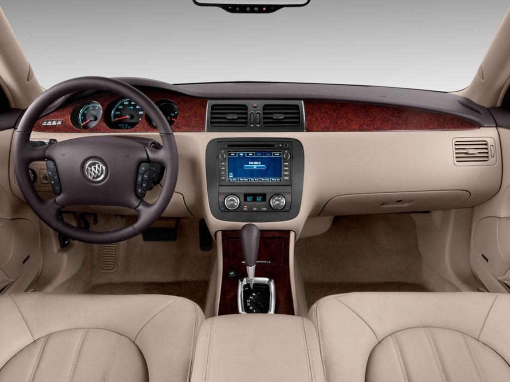 Buick Lucerne I Restyling 2008 - 2011 Sedan #8