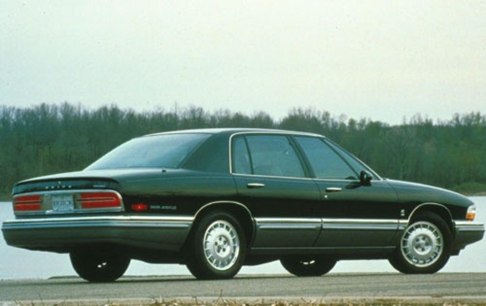 Buick Park Avenue I 1991 - 1996 Sedan #3