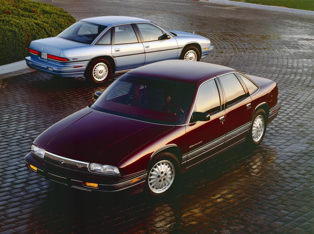 Buick Regal III 1988 - 1996 Sedan #2