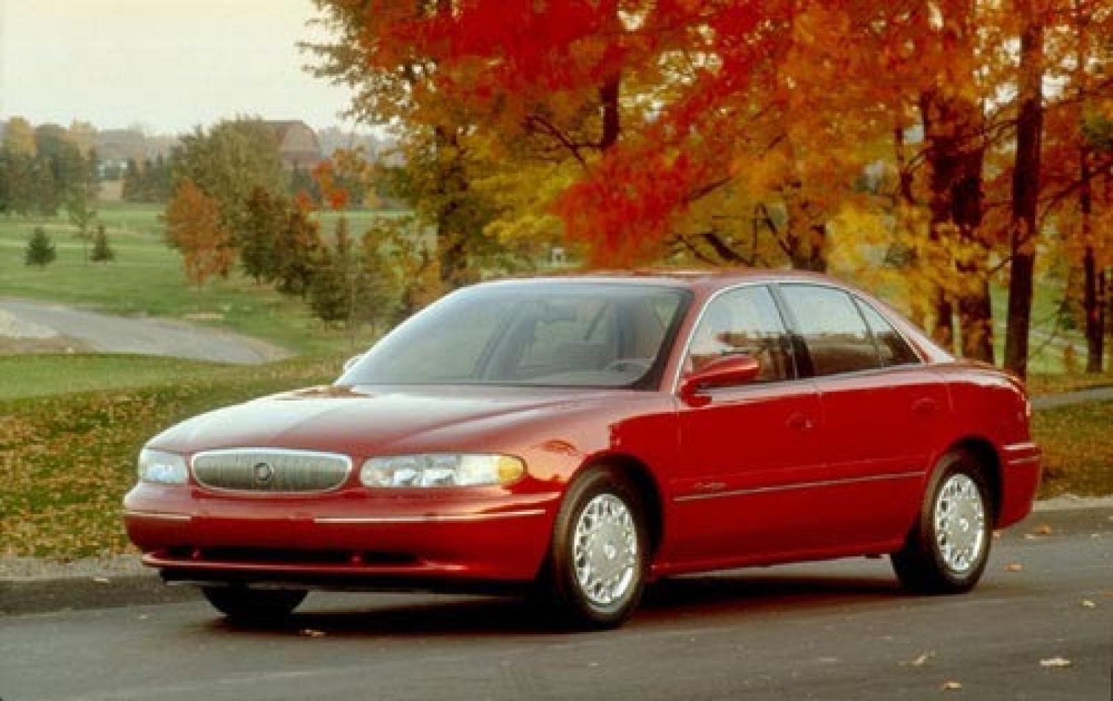 Buick Regal IV 1997 - 2008 Sedan #1