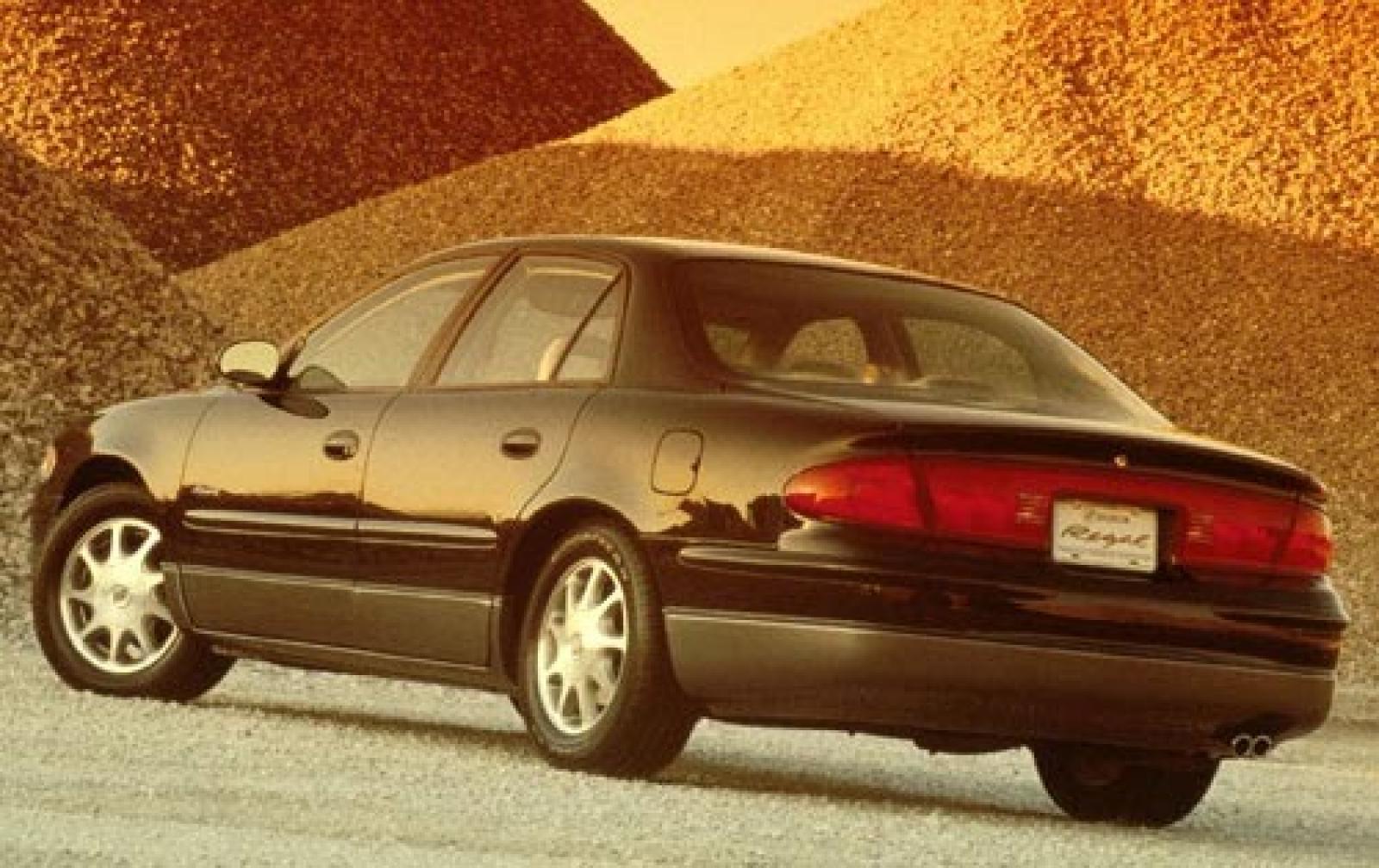 Buick Regal IV 1997 - 2008 Sedan #5