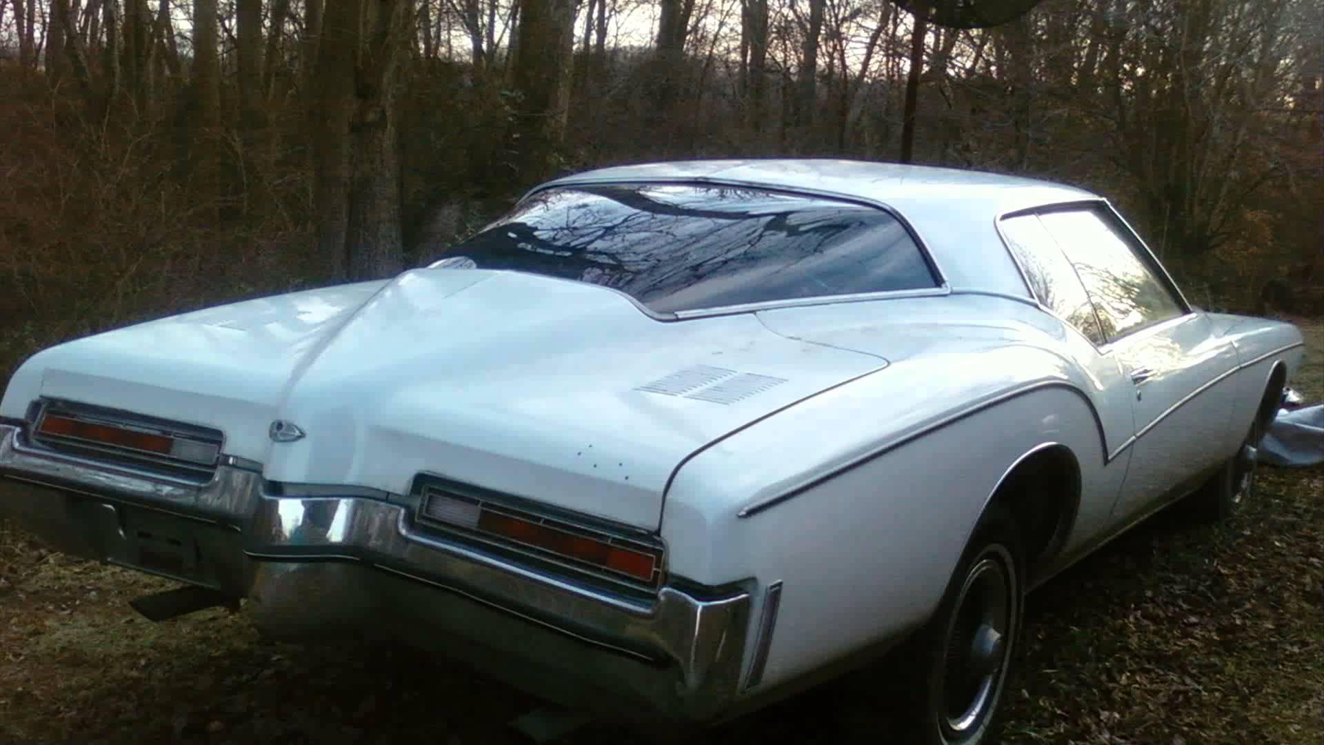 Buick Riviera III 1971 - 1973 Coupe #4