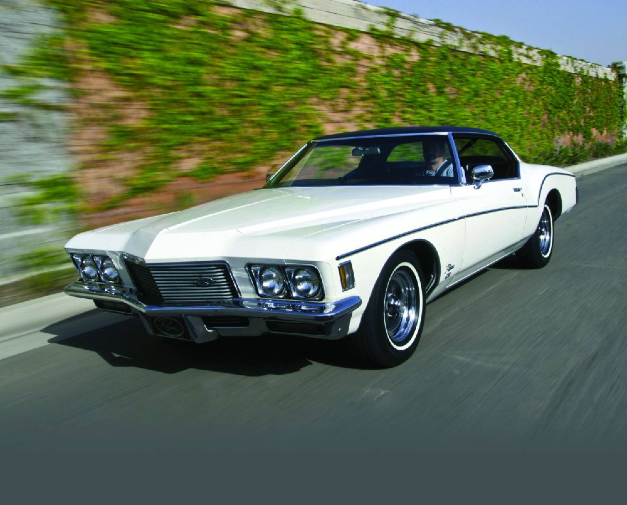Buick Riviera III 1971 - 1973 Coupe #3