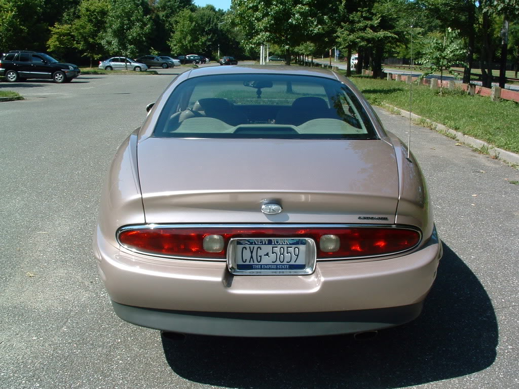 Buick Riviera VIII 1995 - 1999 Coupe #3