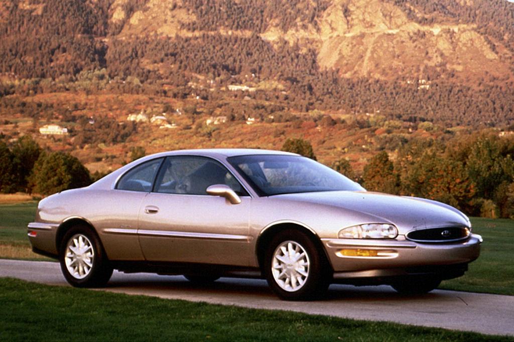 Buick Riviera VIII 1995 - 1999 Coupe #5