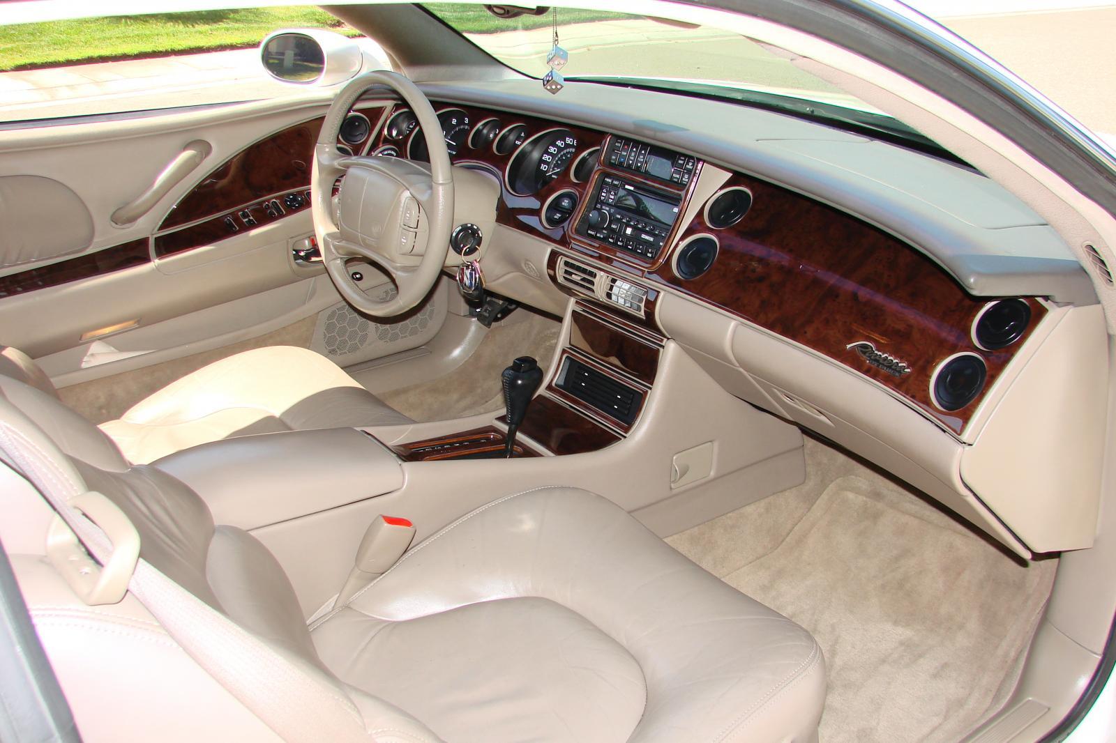 Buick Riviera VIII 1995 - 1999 Coupe #4