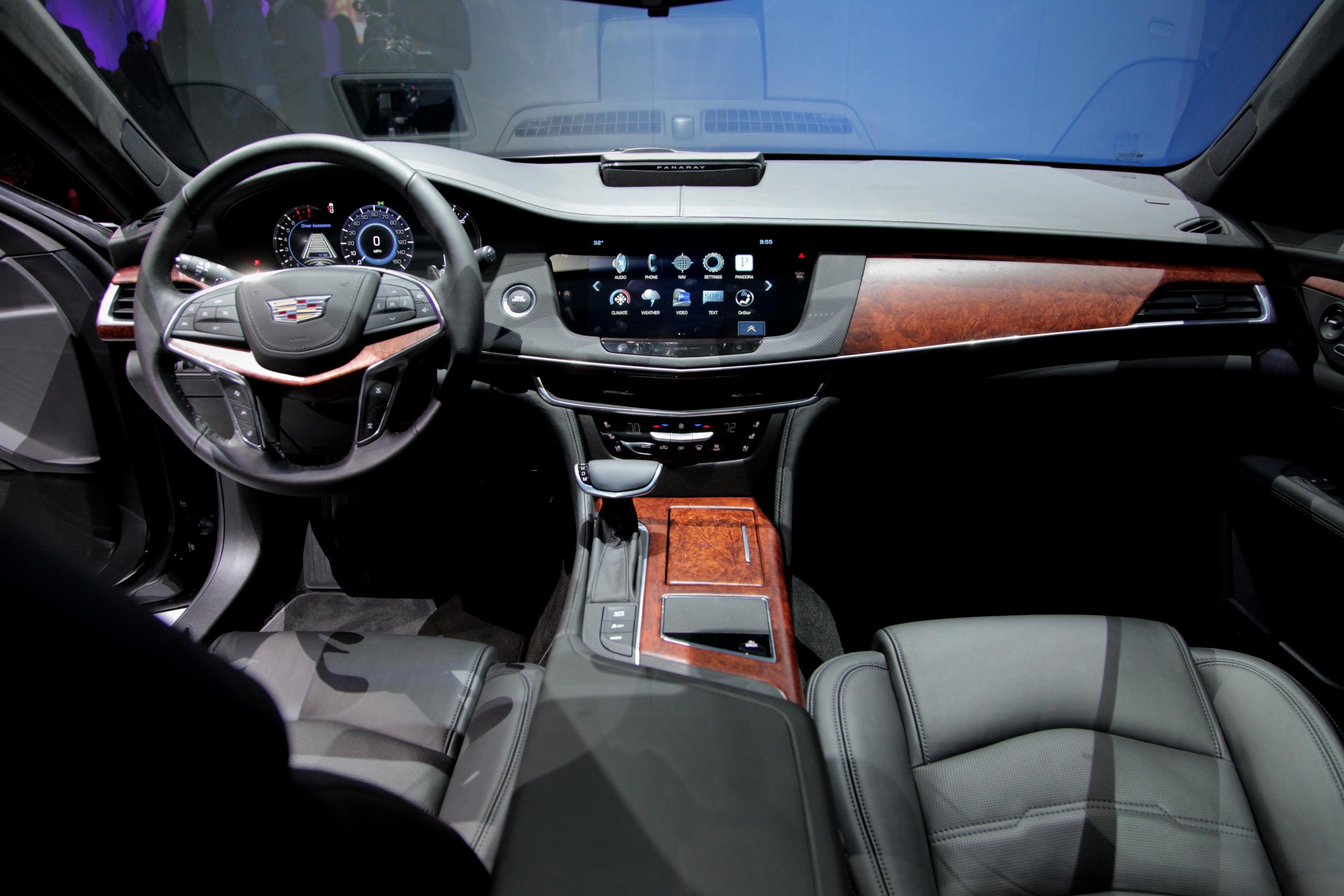 Cadillac CT6 2016 - now Sedan #1