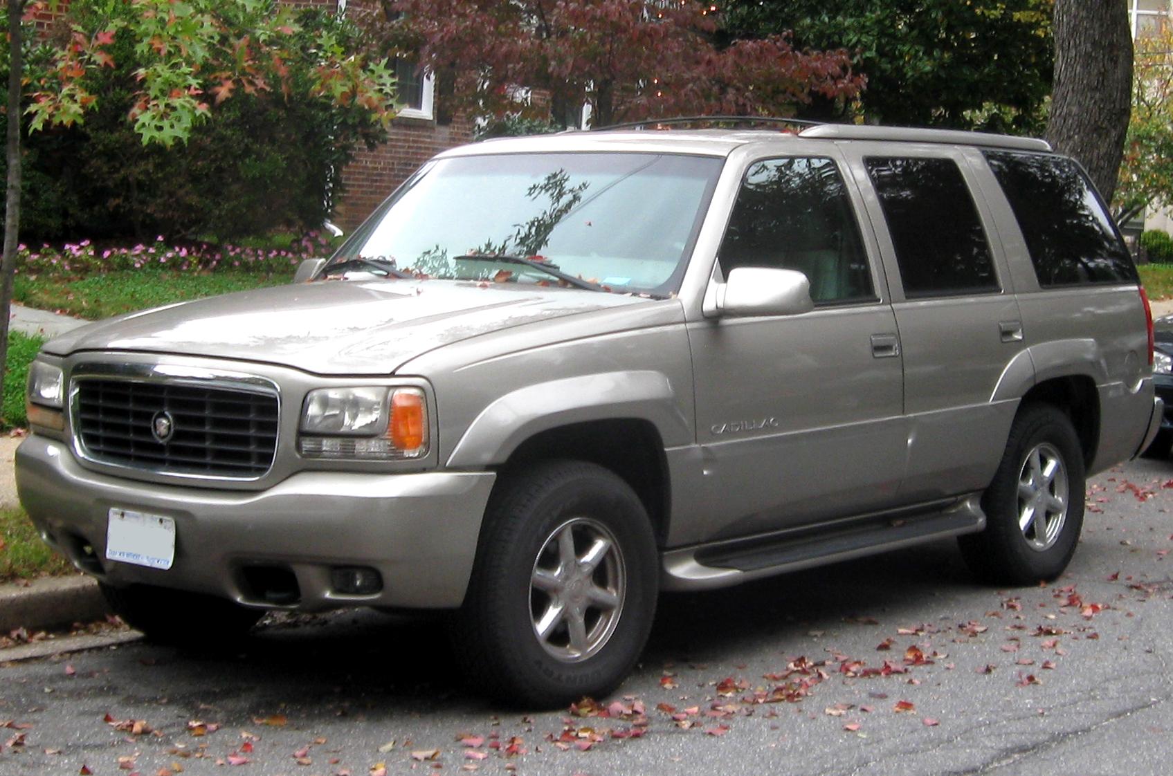 Cadillac Escalade I 1998 - 2000 SUV 5 door #5