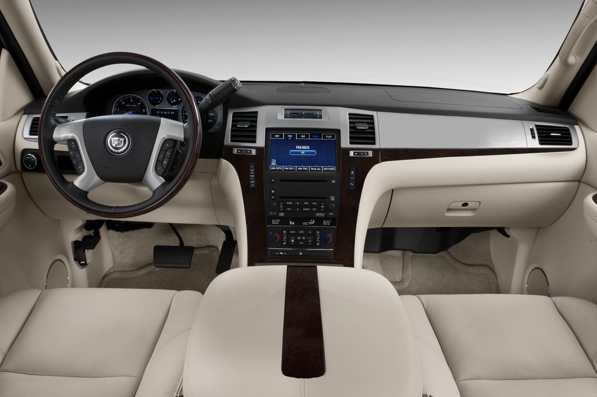 Cadillac Escalade IV 2014 - now SUV 5 door #2
