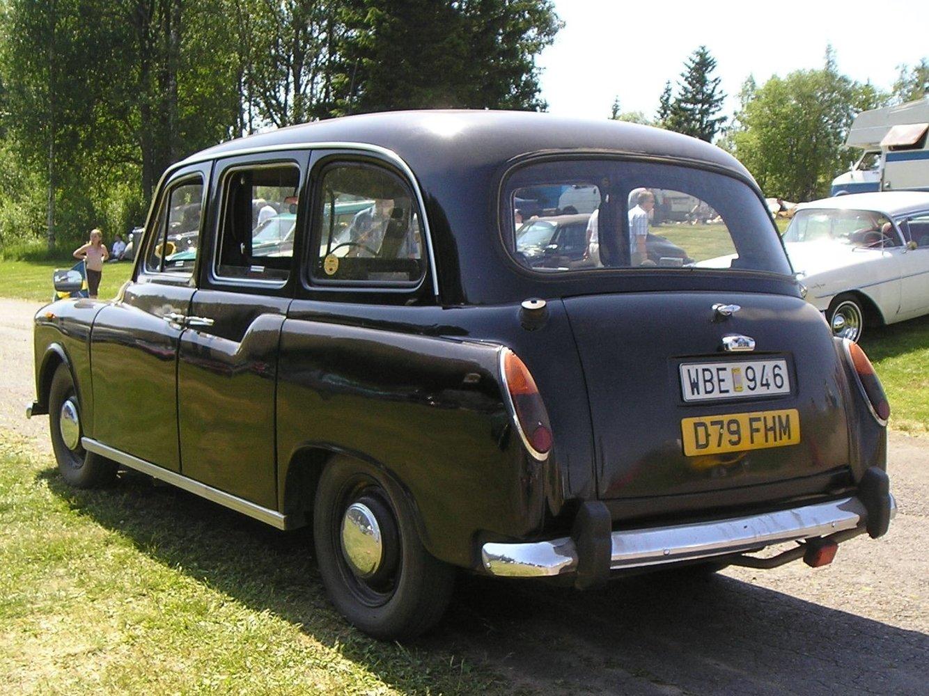Carbodies FX4 1982 - 1995 Sedan #4