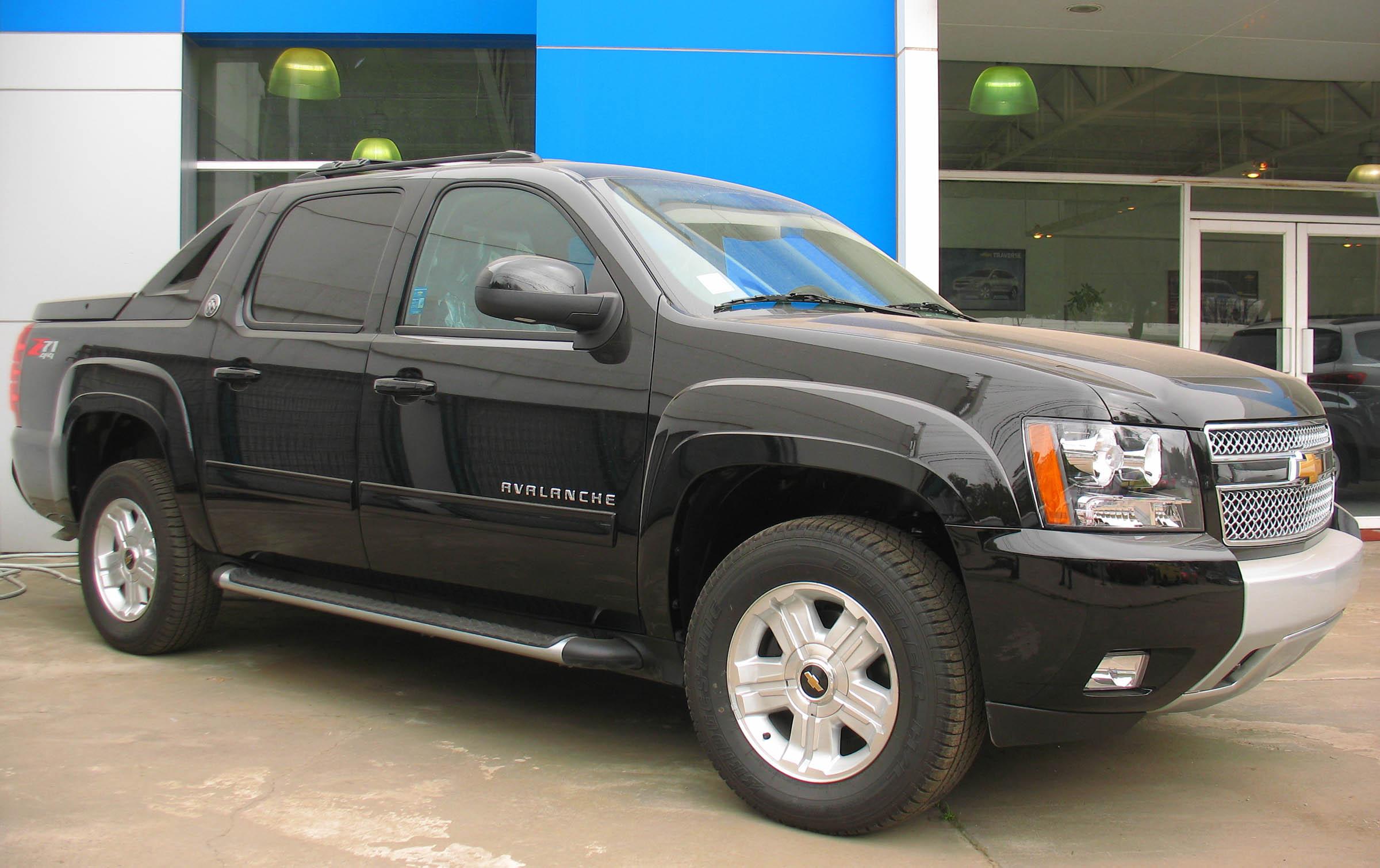 Chevrolet Avalanche II 2006 - 2013 Pickup #6