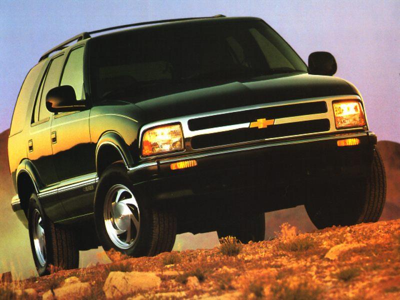 Chevrolet Blazer II Restyling 1997 - 2005 SUV 5 door #3