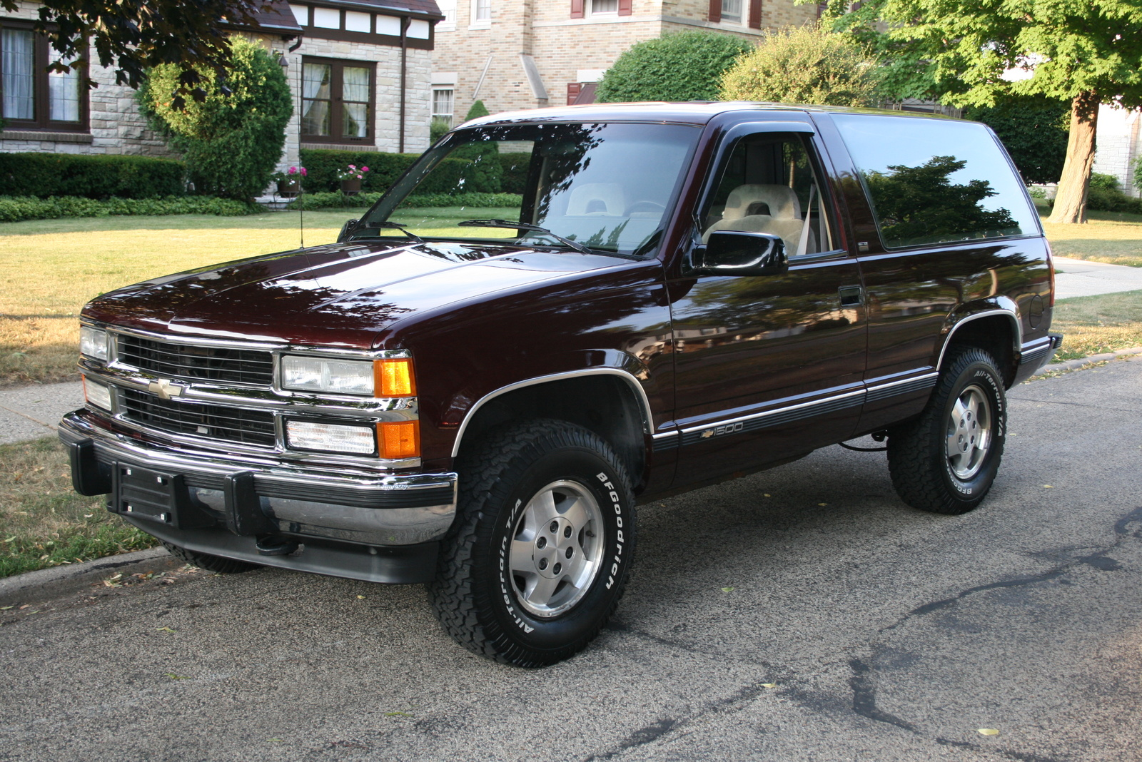 Chevrolet Blazer K5 III 1992 - 1994 SUV 3 door #3