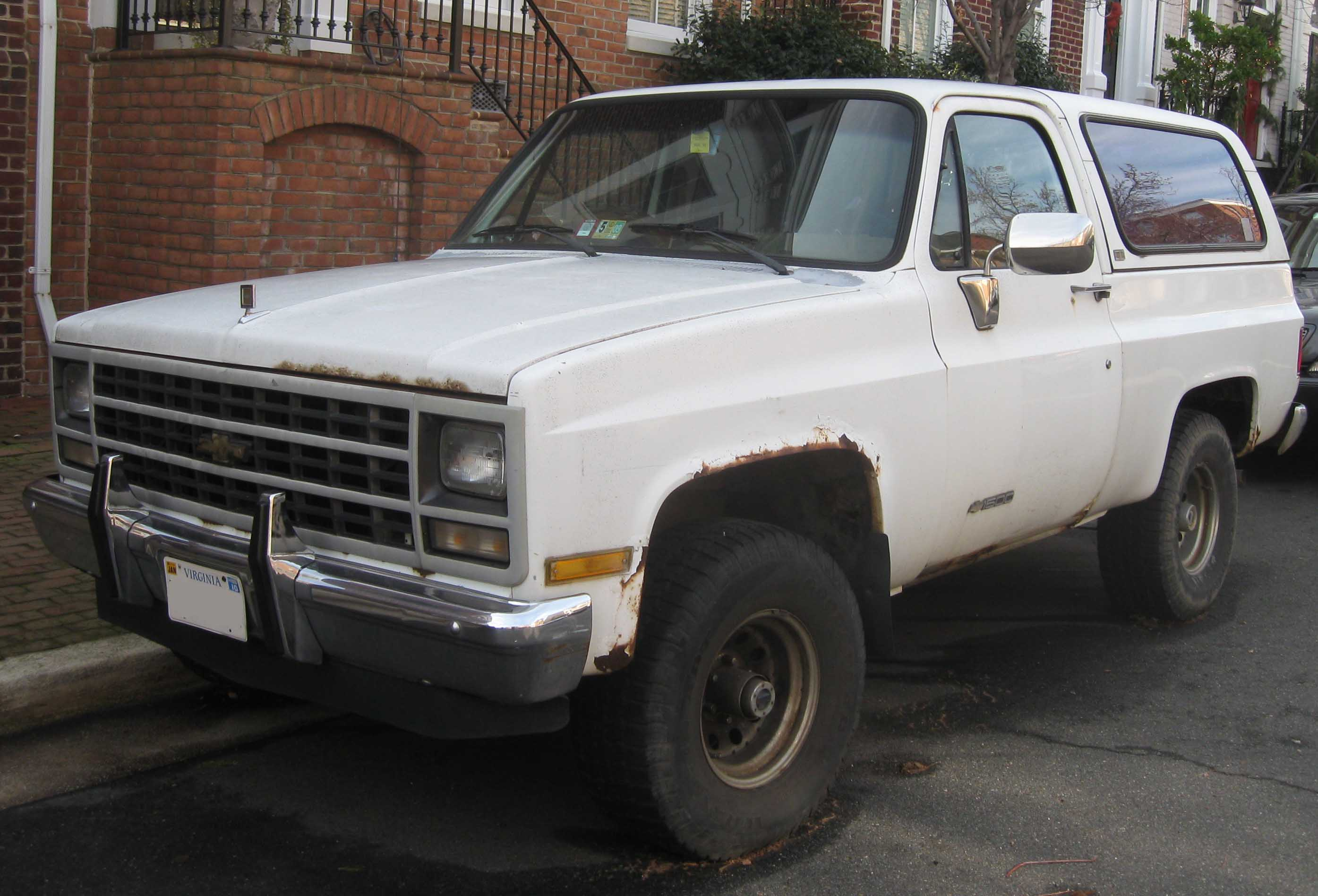Chevrolet Blazer K5 III 1992 - 1994 SUV 3 door #2
