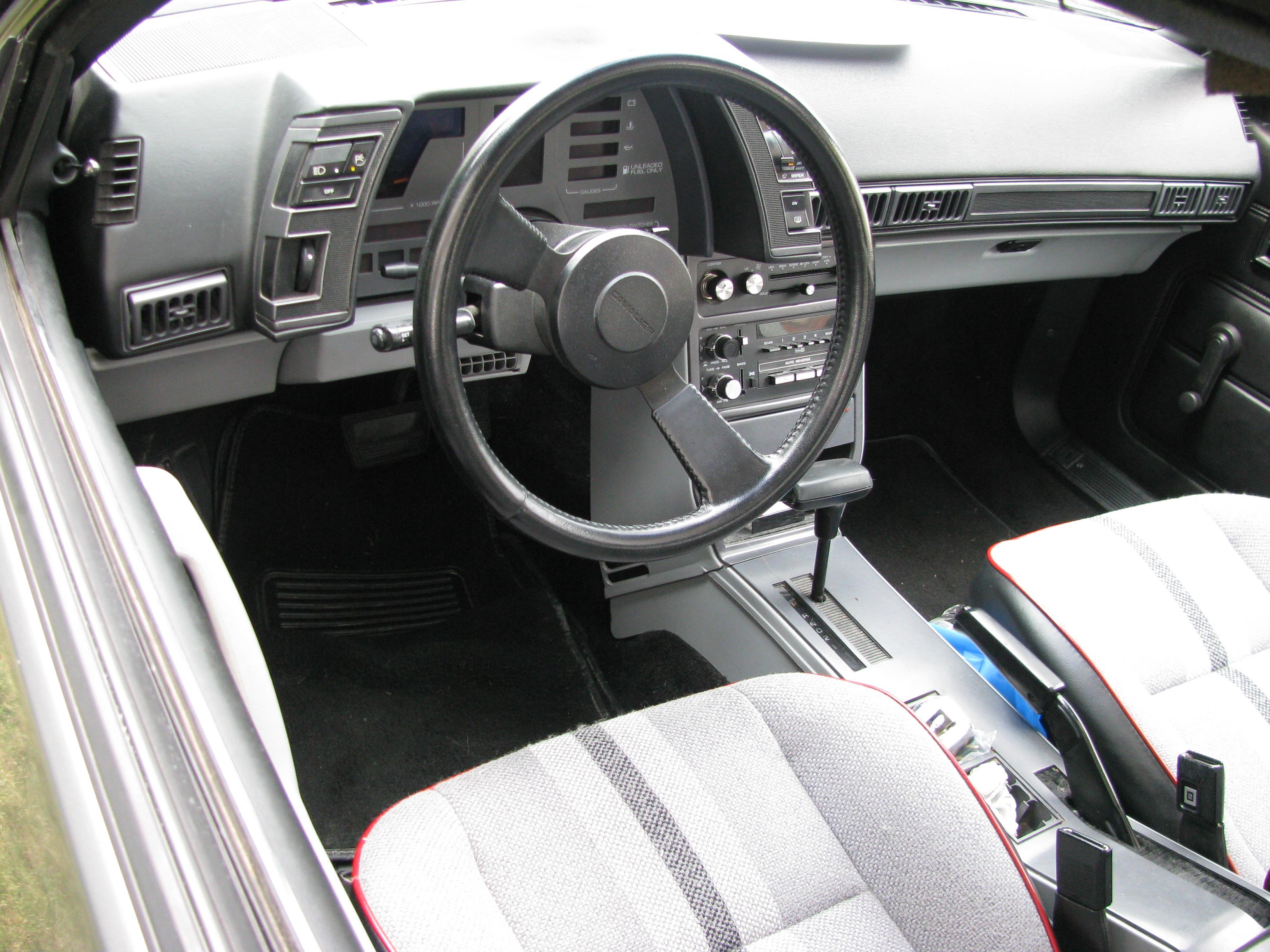 Chevrolet Cavalier I 1982 - 1987 Sedan #5