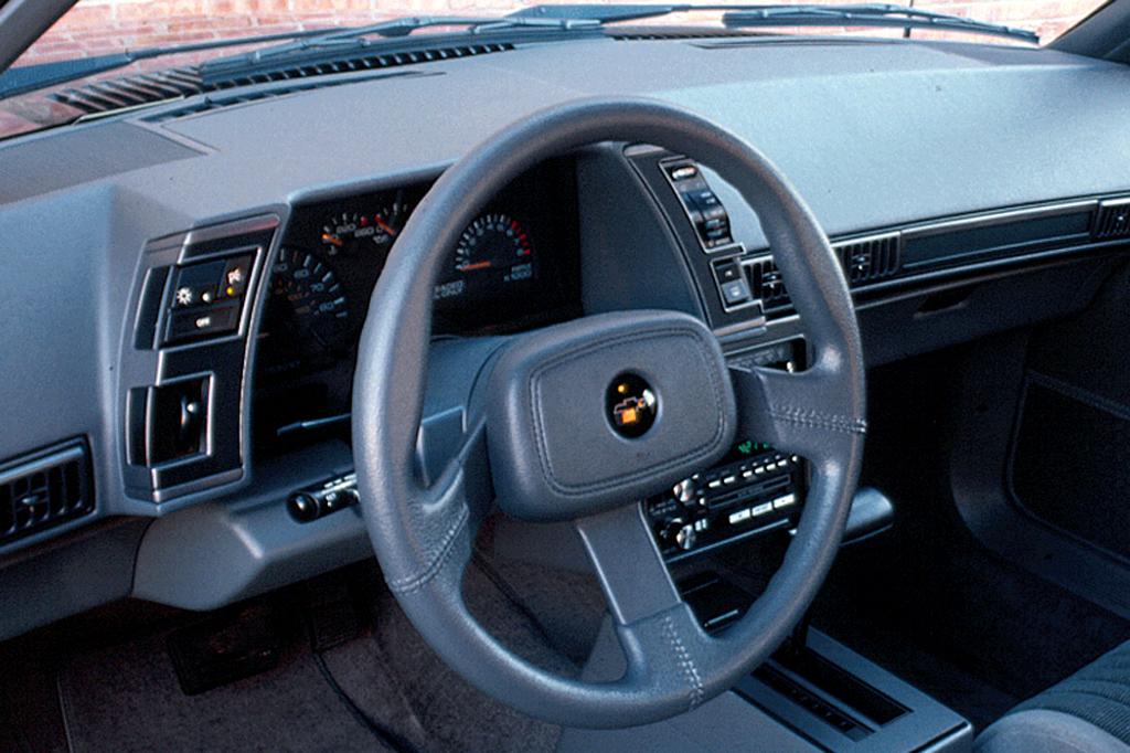 Chevrolet Cavalier II 1988 - 1994 Sedan #6