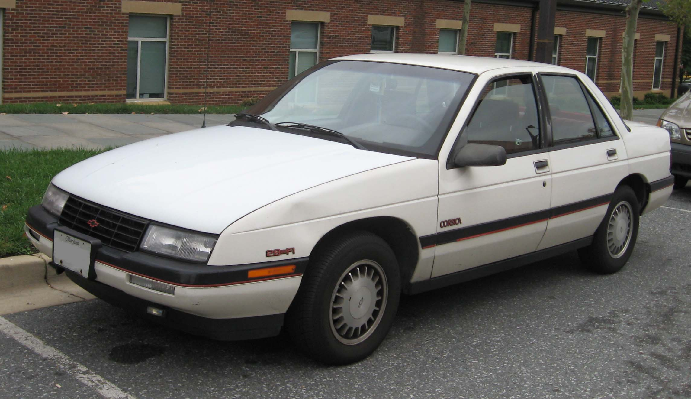 Chevrolet Corsica 1987 - 1996 Sedan #4