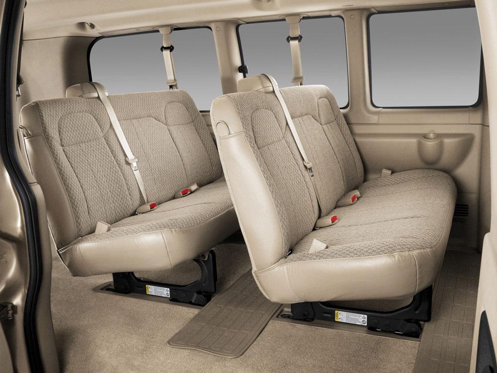 Chevrolet Express I 1996 - 2002 Minivan #7