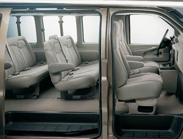 Chevrolet Express I 1996 - 2002 Minivan #6
