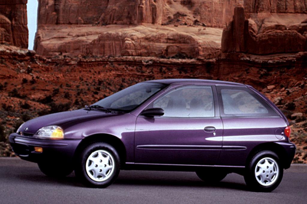 Chevrolet Metro 1998 - 2001 Hatchback 3 door #4