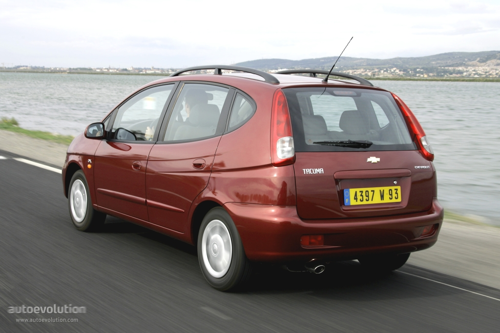 Chevrolet Rezzo 2000 - 2008 Compact MPV #2