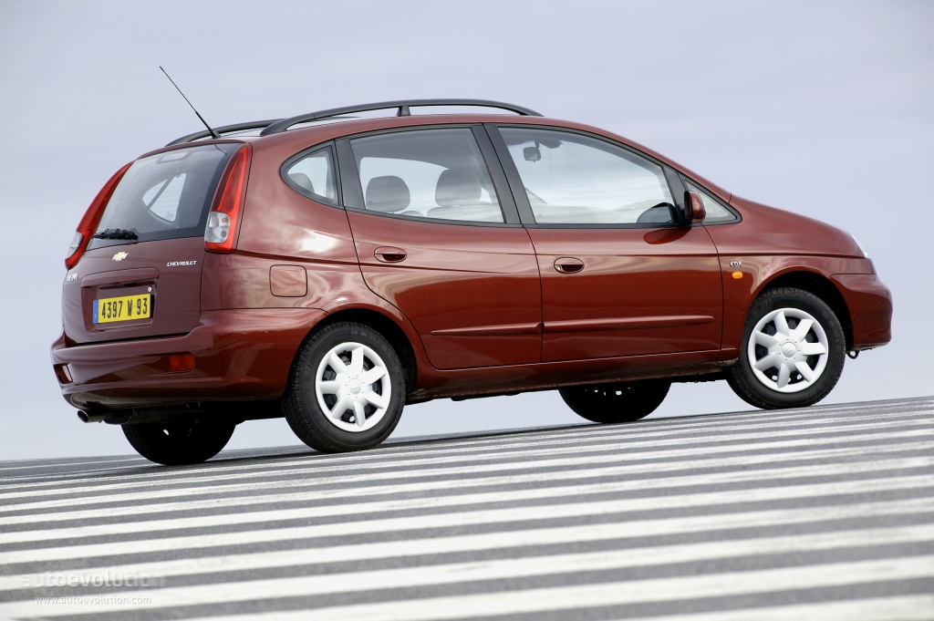 Chevrolet Rezzo 2000 - 2008 Compact MPV #3