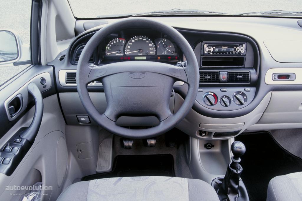Chevrolet Rezzo 2000 - 2008 Compact MPV #6